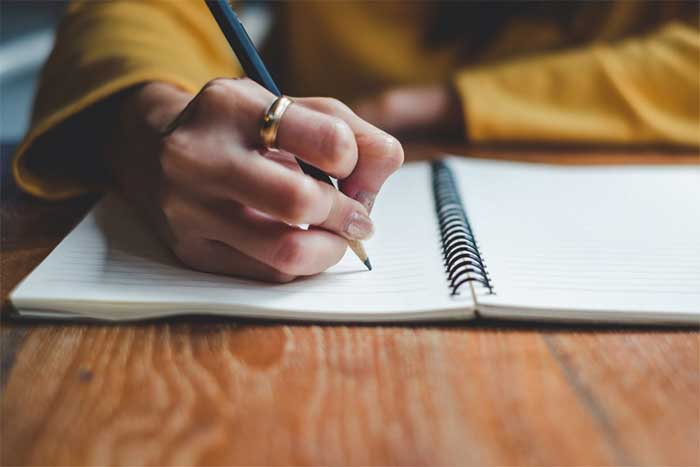 Rekomendasi Jasa Penulis Artikel